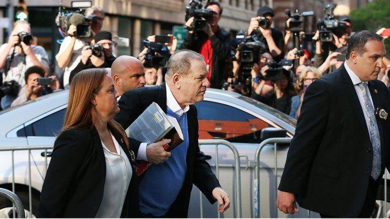 Se entregó Harvey Weinstein por las acusaciones de abusos sexuales