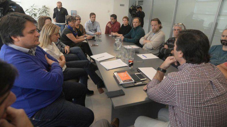La reunión del Gobierno y ATEN pasó a un nuevo cuarto intermedio