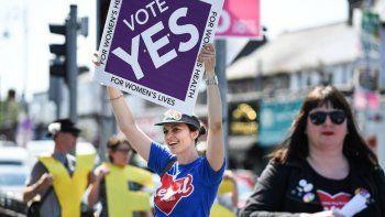 referendum: una amplia mayoria voto a favor del aborto en irlanda