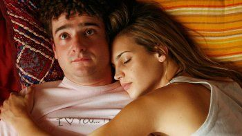 dormir en pareja no es bueno para los que sufren insomnio
