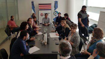 mediacion a fuego lento: expectativas por el reinicio de la reunion entre gobierno y aten seguira manana a las 11