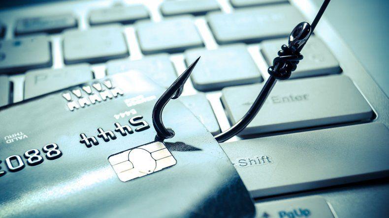 Páginas falsas de Facebook promueven el phishing