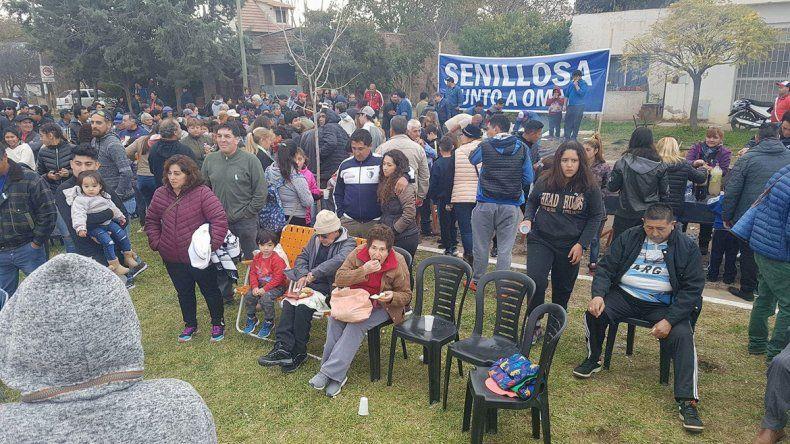 Un festejo patrio y político en las calles de Senillosa