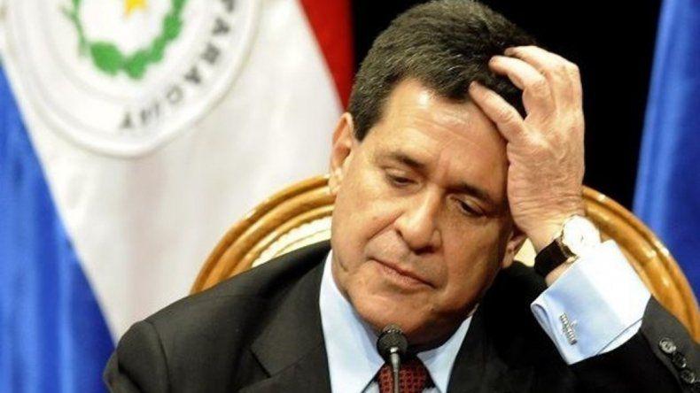 Cartes quiere asumir como senador del país guaraní el 1° de julio.