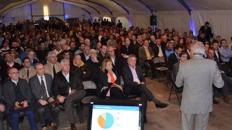 Sapag: El desafío es atraer nuevos mercados