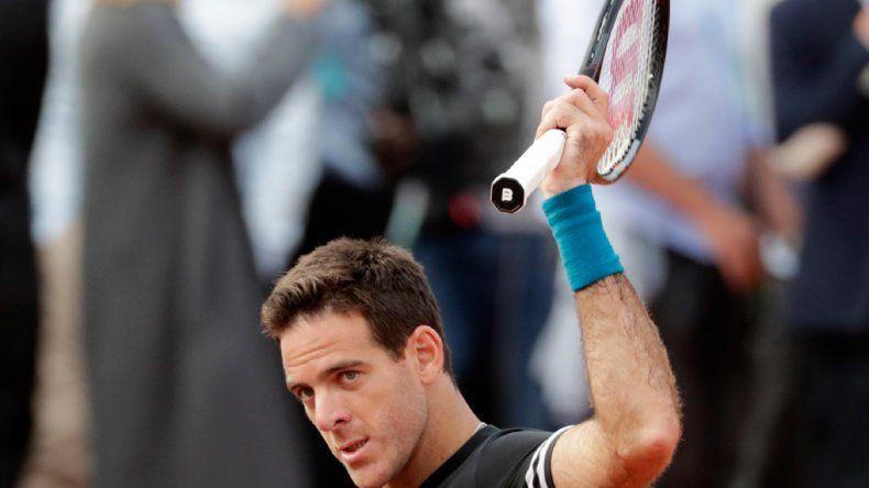 Del Potro avanza y ya está en la tercera ronda del Grand Slam francés.