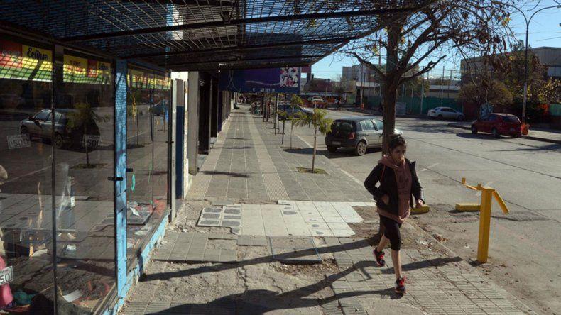 Los comerciantes de calle Sarmiento están que trinan