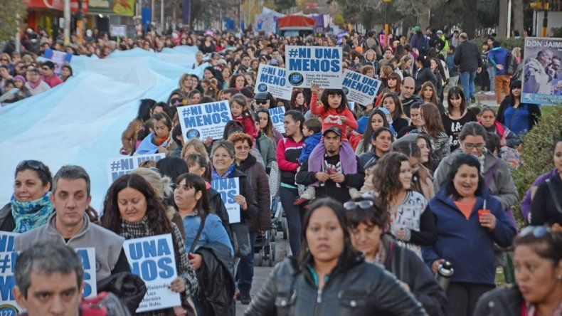 Marcha del 3 de junio de 2015 en Neuquén.