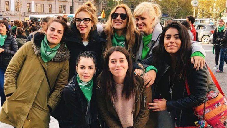Lali Espósito, Jimena Barón, Carla Peterson y Griselda Siciliani, participaron de la marcha.