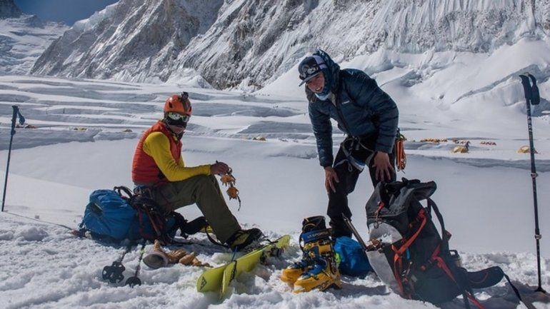 Willie Benegas batió un récord en la montaña más alta del mundo.