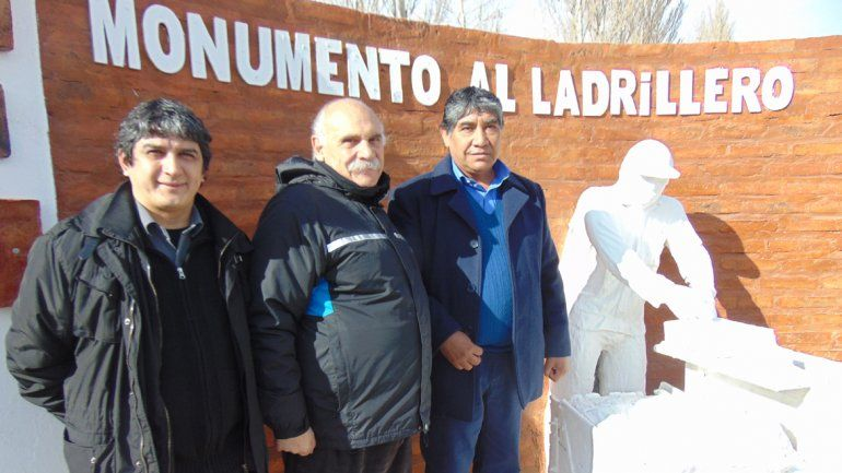 Los trabajadores ladrilleros tienen su monumento