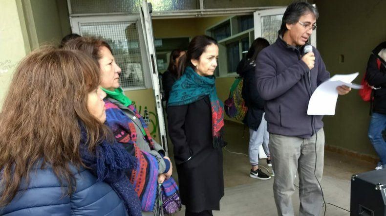 Tras la denuncia de acoso, separan del cargo al portero del CPEM 12