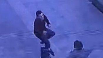 Motochorro fue atrapado por vecinos tras robar