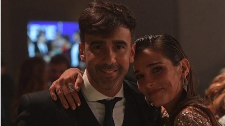 El Chato Prada y Fede Hoppe tuvieron un acercamiento con la actriz en los premios Martín Fierro.