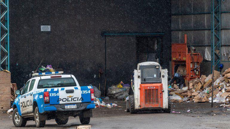Una mujer cayó a un pozo de una planta de residuos