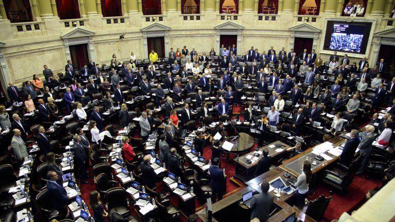 Los jefes de bloque de Cambiemos y del Partido Justicialista representan a la mayoría en el Senado nacional.