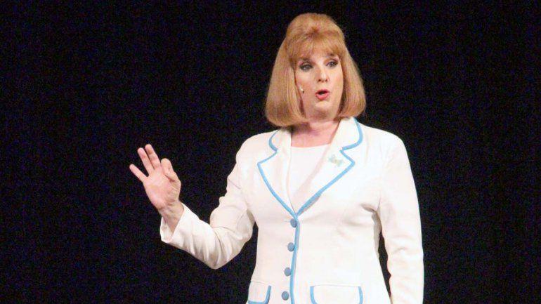A la fama El personaje de Maestra normal ganó popularidad gracias a su participación en Videomatch (2002/2005).