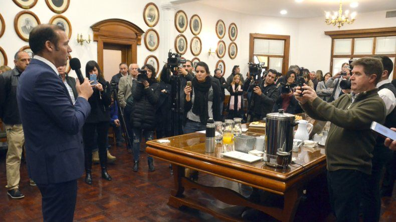 Gutiérrez destacó  la labor de la prensa neuquina