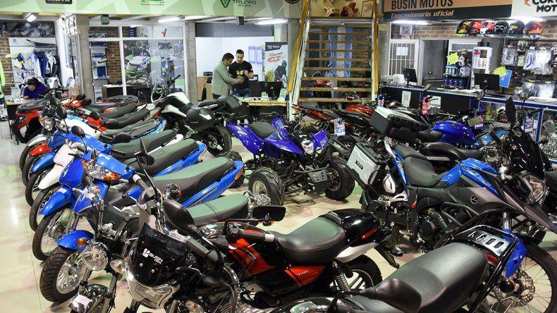 A pesar de la crisis, se venden 18 motos por día