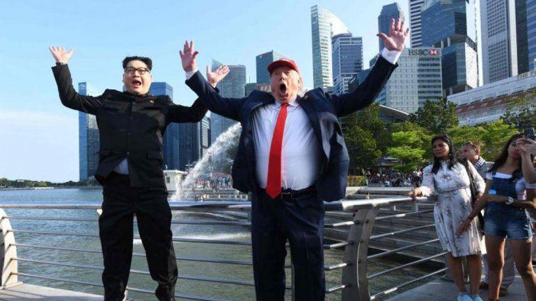 Falsos Trump y Kim hacen reír antes de la cumbre