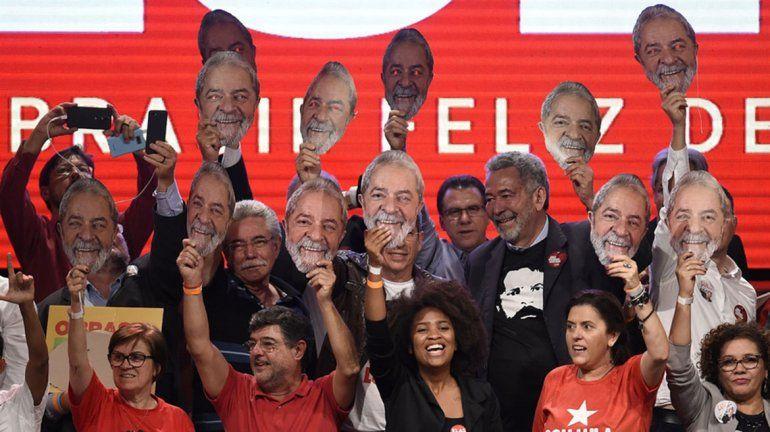 Lula pide que lo reconozcan como candidato