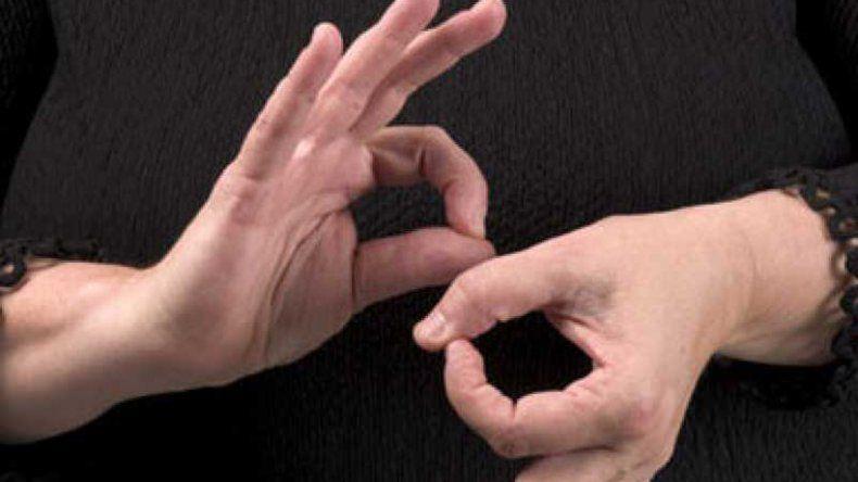 Municipales se capacitan en el lengua de señas