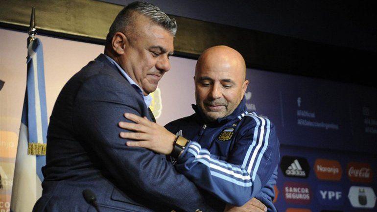 Chiqui Tapia bancó al técnico en sus declaraciones.