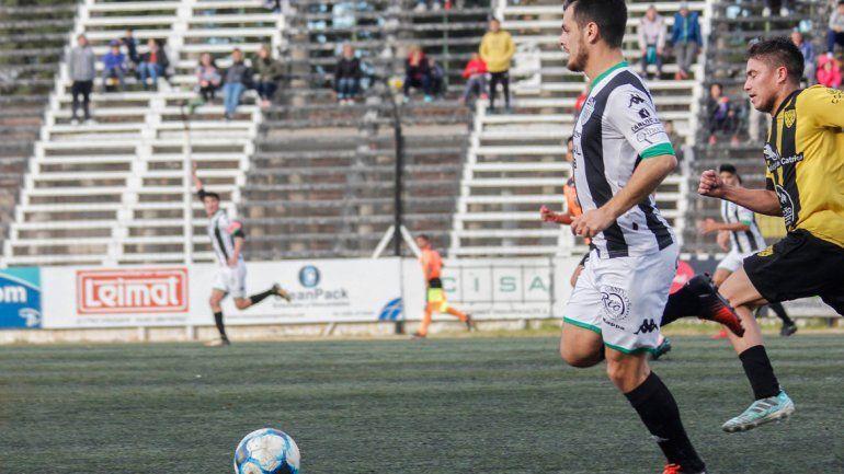 Morales apareció en la semi y la final de la Liga Confluencia.