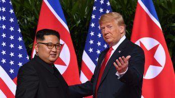 Corea del Norte y EE.UU. acuerdan el desarme nuclear pero sin fecha