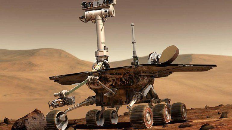 Es tanto el polvo que tapa los rayos solares que el robot no carga su batería.