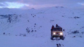 Los jóvenes partieron en la búsqueda de sus animales antes de que se desatara el temporal de nieve.