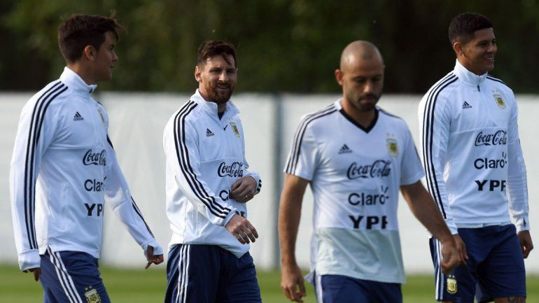Messi y 10 más. El operativo de Sampa para acompañar el juego del mejor jugador del mundo.