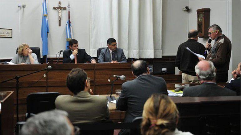 <p>Marcelo Benetti, forense a cargo de la autopsia, en el tribunal. (Ricardo Santellán)</p>