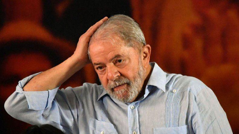 Guerra judicial en Brasil: un juez dice que lo liberen a Lula, otro que siga preso