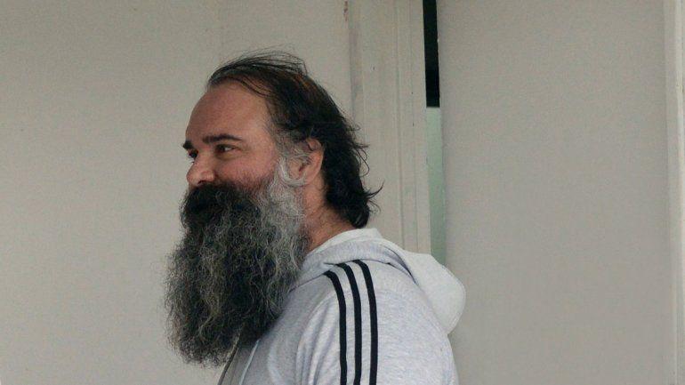 Gutiérrez fue el representante albinegro en la mesa del Consejo. Sobisch tomó la palabra por Independiente.
