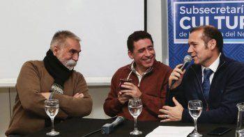 El Negro Sosa estuvo en el lanzamiento de la fiesta junto al subsecretario de Cultura, Marcelo Colonna, y al gobernador Omar Gutiérrez.
