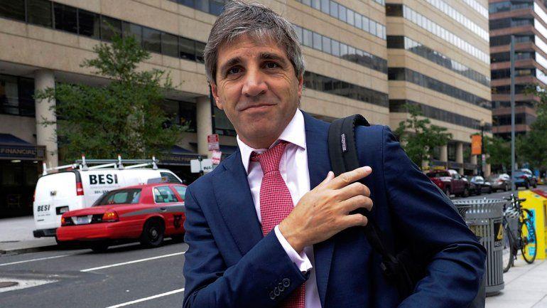 Debutó Caputo al frente del Banco Central y el dólar bajó