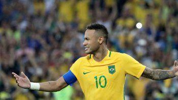 El crack brasileño espera sacarse esa espina que tanto dolor les causó a él y a todo el país.