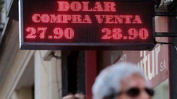 la demanda no ceso y el dolar se acerco a los $ 29