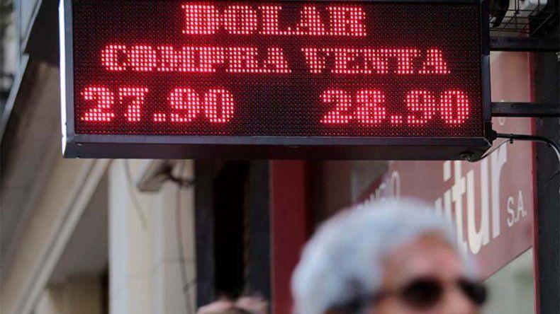 La demanda no cesó y el dólar se acercó a los 29 pesos