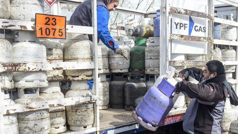 Ola polar hizo subir 20% la demanda de garrafas en La Angostura