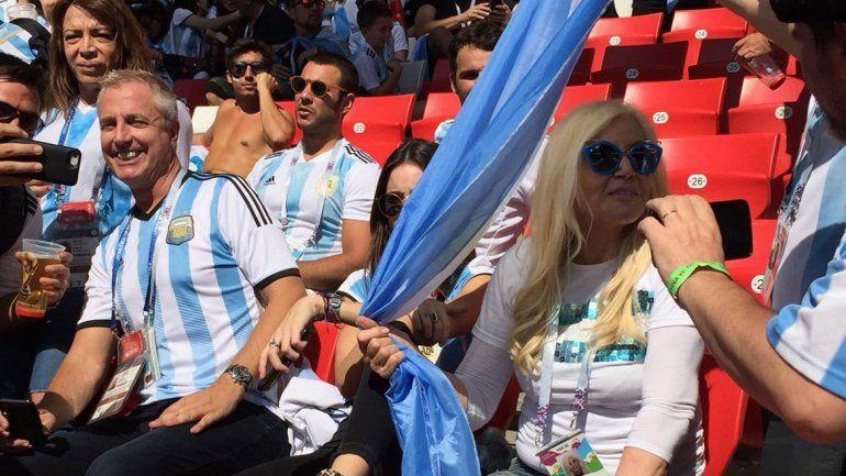 Susana y Marley revolucionaron las tribunas en Moscú