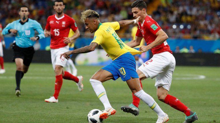 Otro golpe al prode mundialista: Brasil no pudo con Suiza