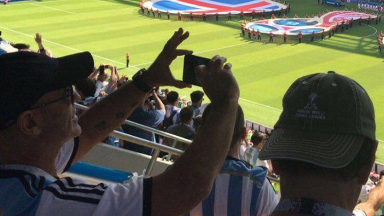 Arribas desobedeció a Macri y viajó a Rusia para ver a la Selección
