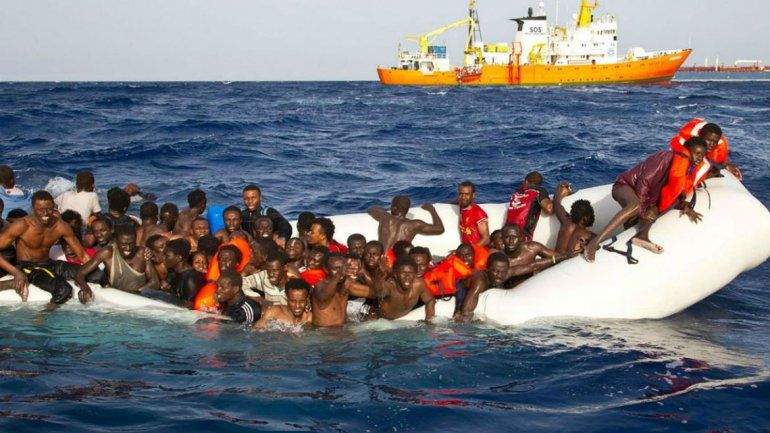 Los refugiados llegaron ayer a la mañana al puerto de Valencia.