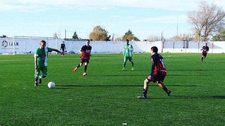 Petro quiere dejar su huella en su primera final de Copa Neuquén.