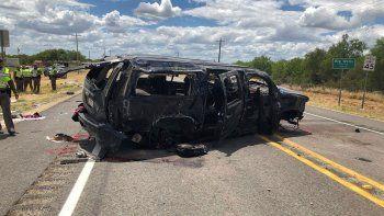 Tres camionetas fueron interceptadas por la Policía. Dos se frenaron.