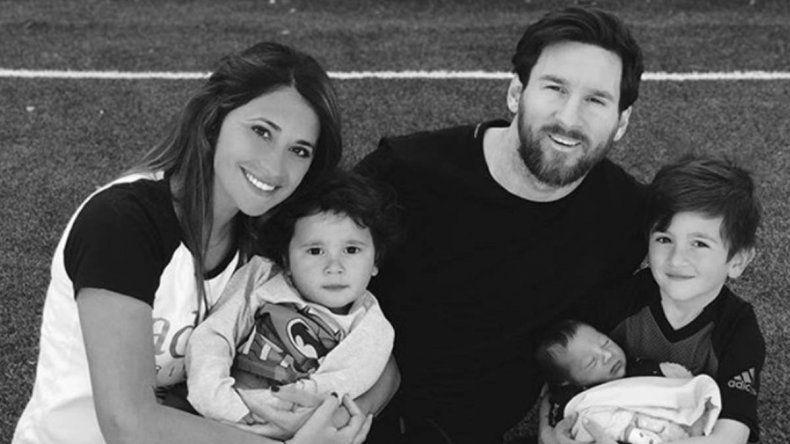 La mamá, la mujer y los hijos de Messi ya están en Kazán