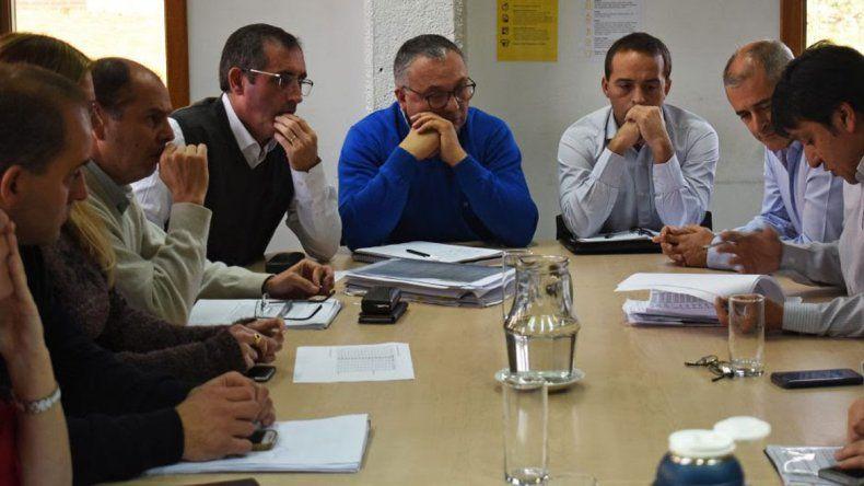 Caja municipal: le tienden un puente al plan opositor
