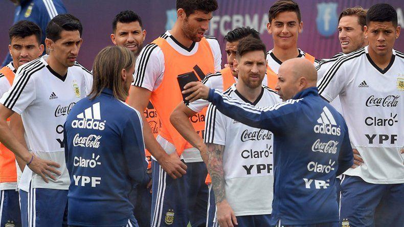 Mirá el video que viralizó la supuesta pelea entre Mascherano y Pavón
